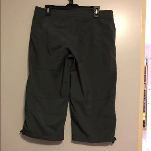 Nike Pants - Nike Medium Gray Capris
